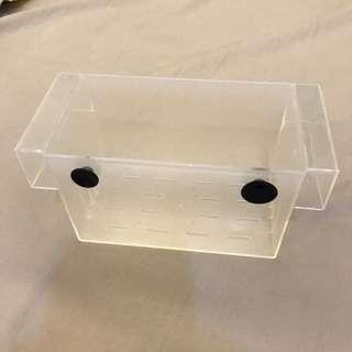 🚚 壓克力隔離盒/水族用品/吸盤/