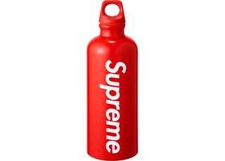 Supreme ss18 bottle