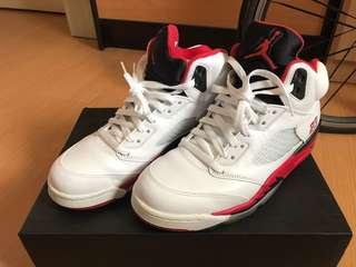 Air Jordan V 白黑紅