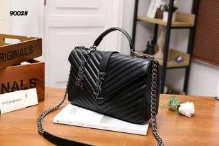 YSL Large College Matelasse Leather Bag  9002#22  Bahan kulit kambing Dalaman kain (model 2 ruang) Kwalitas High Premium AAA Tas uk 30x9x18cm Berat 1,3kg  Warna : -Black  Harga @900rb