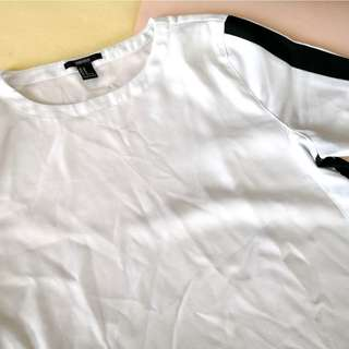 Forever 21 White with Black Lining Cropped Top