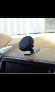 Magnetic car phone holder 磁鐵手機支架