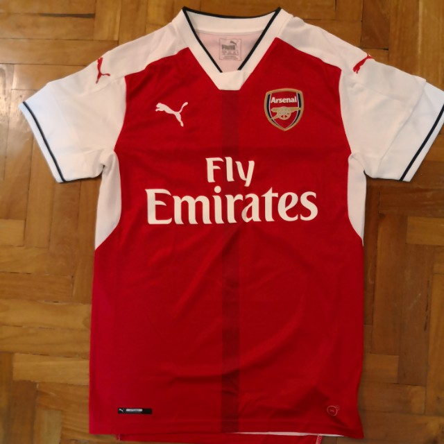 333c0e02f Arsenal Jersey - Size S (Authentic)