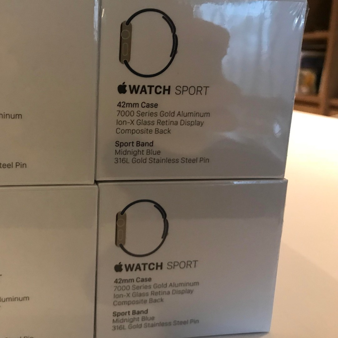 Brand New Unopened Apple Watch 1st Gen 42mm Gold Aluminum W 2 Series Aluminium With Midnight Blue Sport Band Electronics Others On Carousell