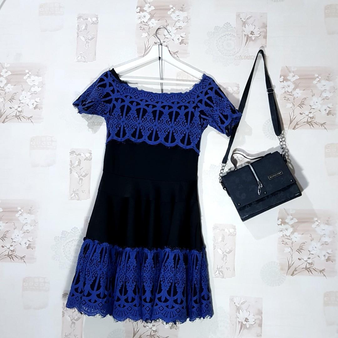 Branded Valentino Roma Baju Desainer Butik Boutiques Dress Pesta