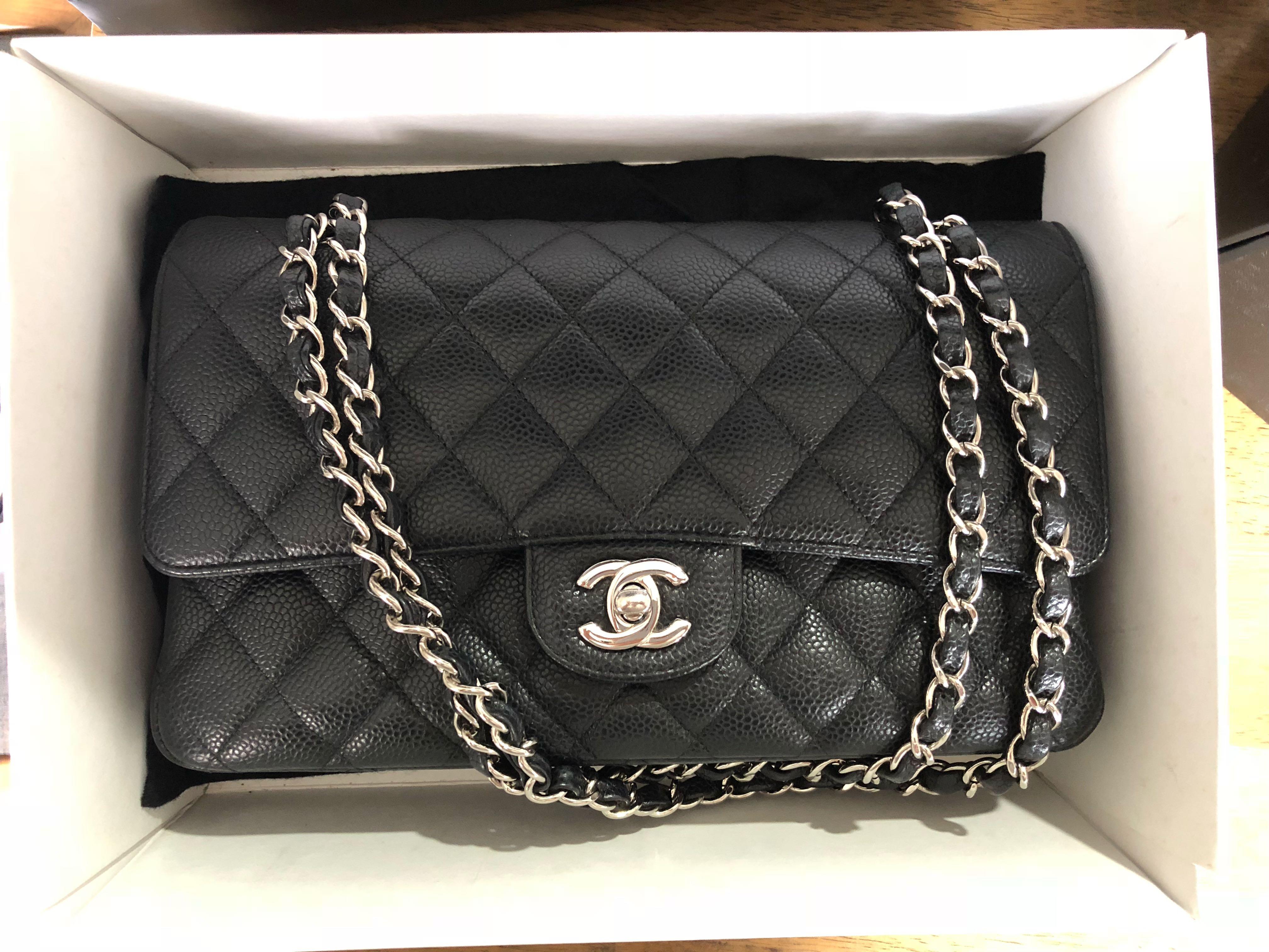 8c5bec68ffe2 Chanel classic caviar medium size SHW, Luxury, Bags & Wallets ...