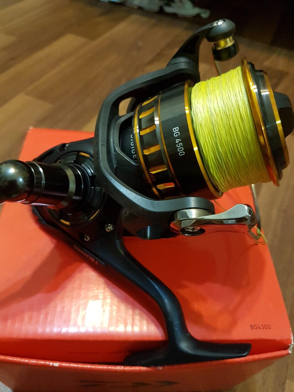 40780ef9e60 Daiwa BG 4500 spinning reel, Everything Else on Carousell
