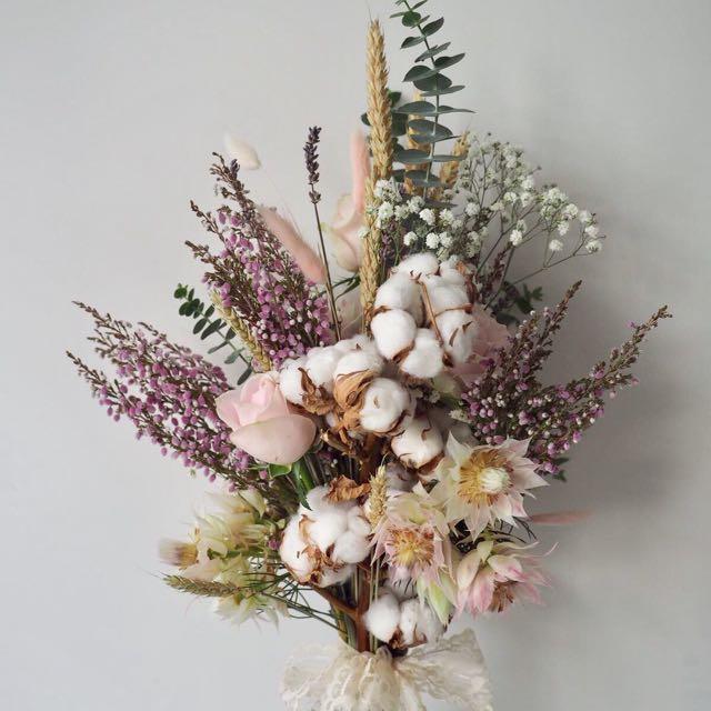 Dried Flower Bouquet Pre Wedding Shoot Flowers Bridal Bouquet Design Craft Handmade Craft On Carousell