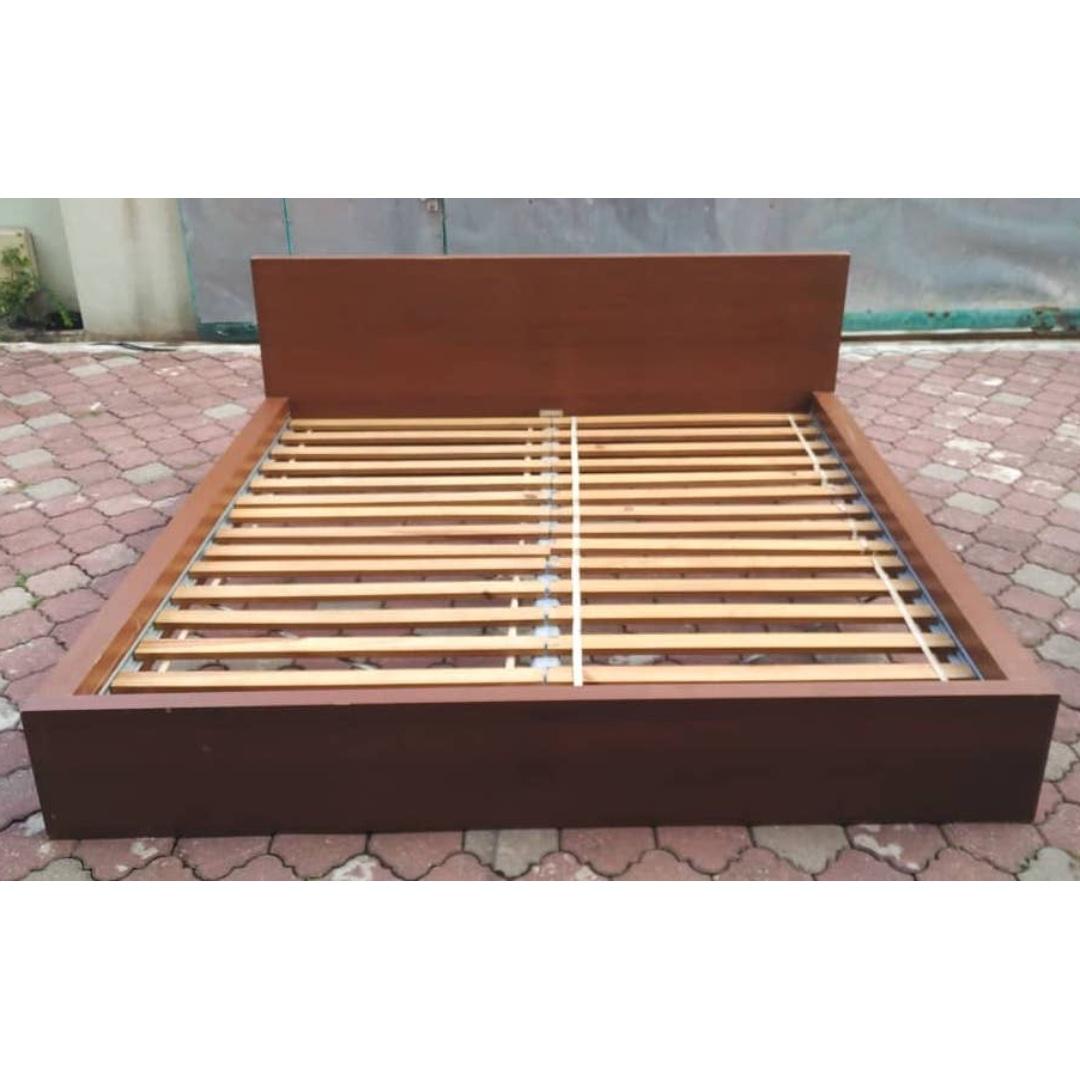 Skorva Bed