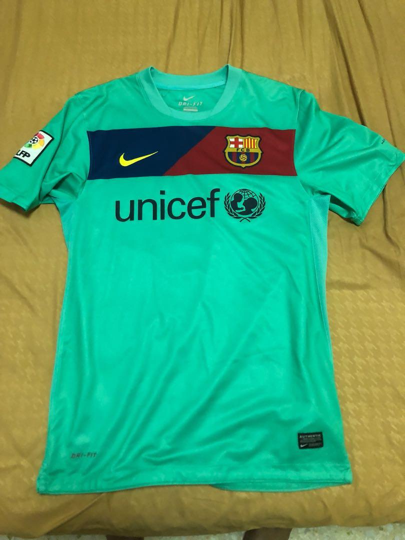 online store c07e3 b0073 Nike Barcelona 2011 away kit not supreme Adidas, Sports ...
