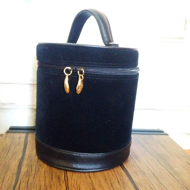 f52e9e52073 SK-II Vanity Bag   MakeUp Bag