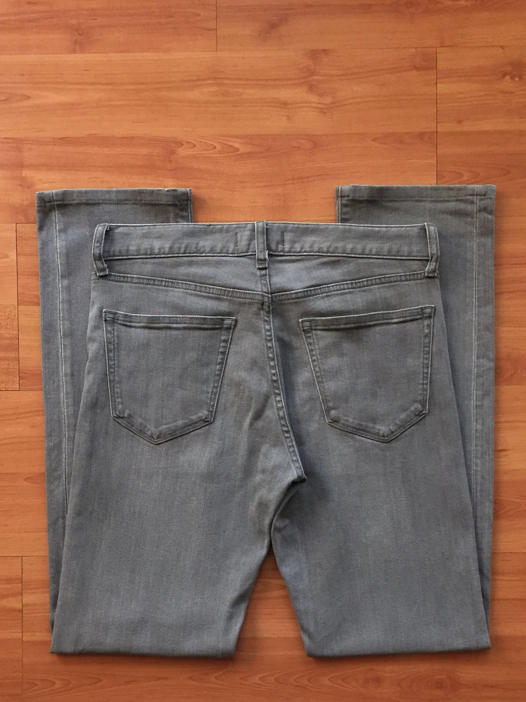 a4fa89d1 UNIQLO SLIM FIT STRAIGHT JEANS PANTS SELUAR, Men's Fashion, Clothes on  Carousell