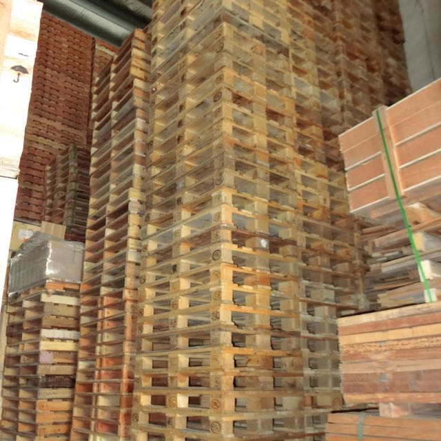 """Wooden Pallets """"pm for quote """", Furniture on Carousell"""