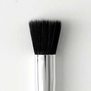 [BN FREE MAIL] stippling brush colourpop instock