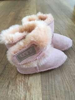🚚 UGG兒童雪靴