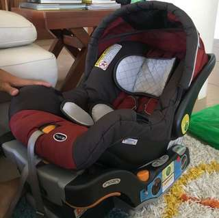 SALE SALE Chicco Keyfit carseat