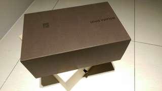 🚚 LV鞋盒及防塵套