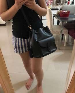 🚚 達芙妮 Daphne 香奈兒 菱格 金鍊包 斜肩背包 斜背包 小背包 金屬釦環 方包 後背包 托特 水桶包