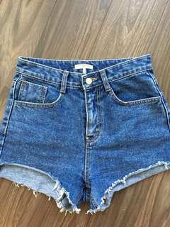 Oak and Fort shorts - size S