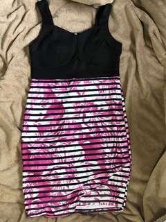 Bodycon dress (black & pink)
