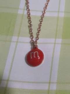 M & M 朱古力頸鏈