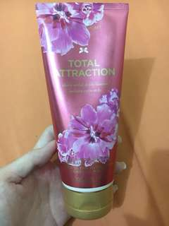 Victoria's Secret Lotion ORIGINAL 100%