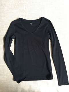 Uniqlo Black Long Sleeved Top