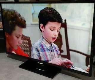 """Devant 46"""" LED TV"""