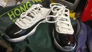 🚚 Nike Air 11 (99.9%新/只穿過ㄧ次)