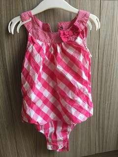 🚚 Carter's粉紅格子連身包屁衣