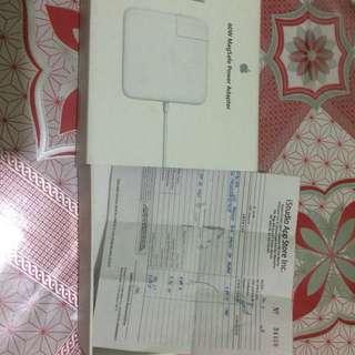 APPLE  Macbook Pro 60W MagSafe Power Adapter