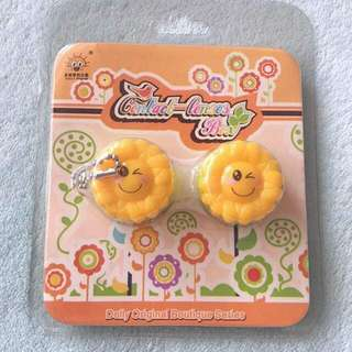 Contact Lens Casing Sunflower 🌻 Keychain