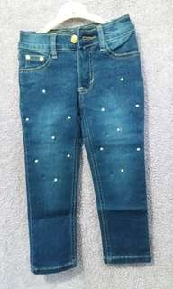Jeans anak perempuan