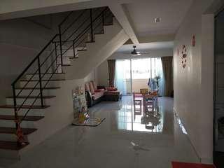 Jurong West St 42 * Blk 405 highest flr room for rent