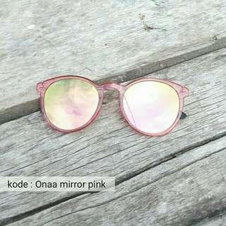 Onaa mirror pink