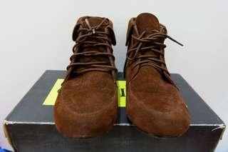 Boot gabino
