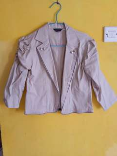 New Blazer cream tangan kerut