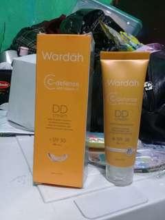 Wardah DD cream foundation ( No.1 Light )