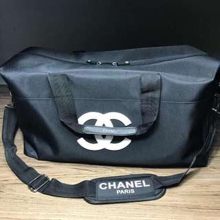 Chanel gym bag authentic gift white and black logo