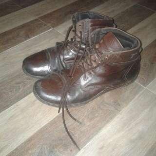Sepatu kulit asli bandung