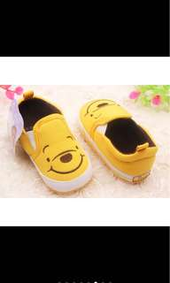 Winnie the pooh soft shoes baby shoes baby boy girl infant newborn toddler kid