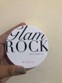 Jual Preloved Mizzu GlamRock Aqua Foundation