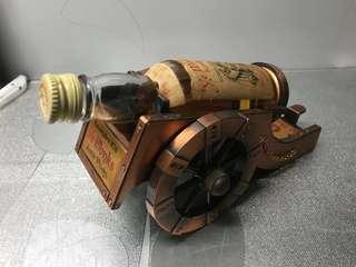 大炮酒版,多年收藏日本🇯🇵2支480元有意聯繫。