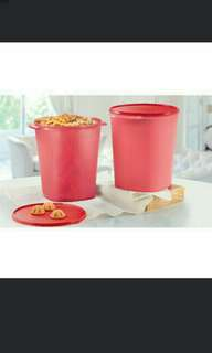 Royal Red Giant Canister