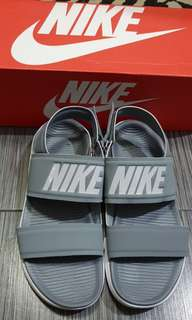 Brand new NIKE tanjun sandals from u.s