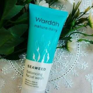 Wardah Seaweed Facial Wash