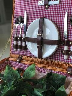 野餐籃 picnic basket