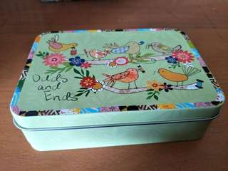 Cute Birds themed tin box