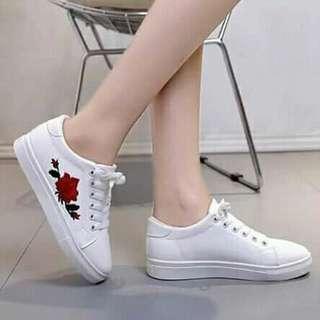 Flower desplay shoes
