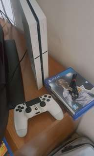 PS4 with 3 Games (Mafia 3, Fifa18, Call Of Duty Infinite Warfare)